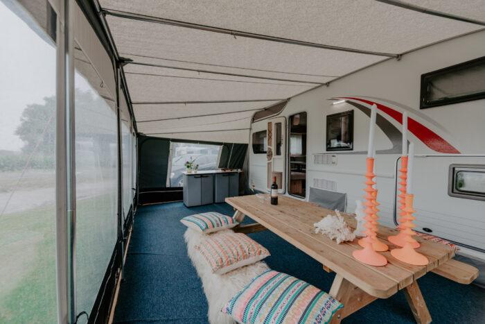 caravan-interieur-surf-n-sail-makkum-fotograaf-jessie-jansen-19
