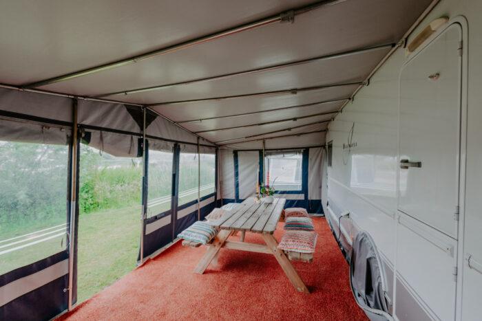caravan-interieur-surf-n-sail-makkum-fotograaf-jessie-jansen-8