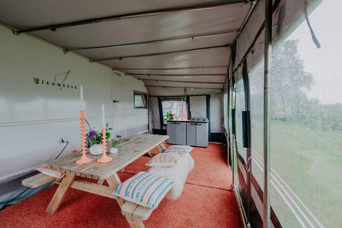 caravan-interieur-surf-n-sail-makkum-fotograaf-jessie-jansen-9